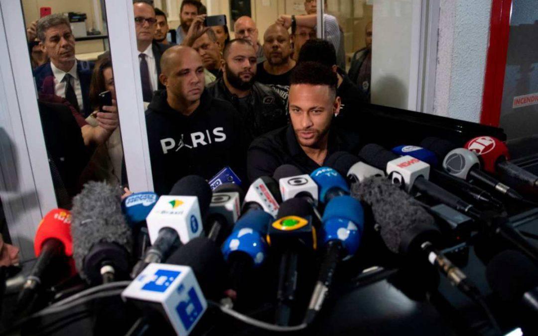 Neymar, ancora guai: ora il Fisco chiede una maxi cifra