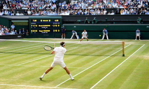 """Show a Wimbledon, Djokovic: """"Gara più dura di sempre"""". Federer: """"Sono fiero"""""""