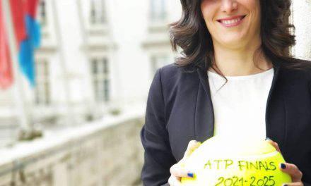Torino, Chiara Appendino e la giunta 5S ad un passo dalla crisi
