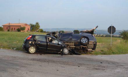 Morrovalle – incidente frontale tra due macchine, un morto