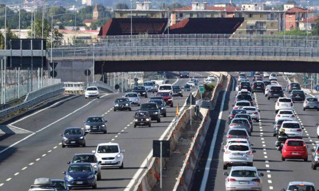 Incidente sull'A1, c'è un morto: impatto fatale anche sulla Laterza-Ginosa
