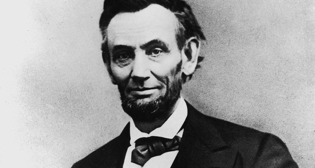 Abraham Lincoln cacciatore di vampiri? Ecco la verità