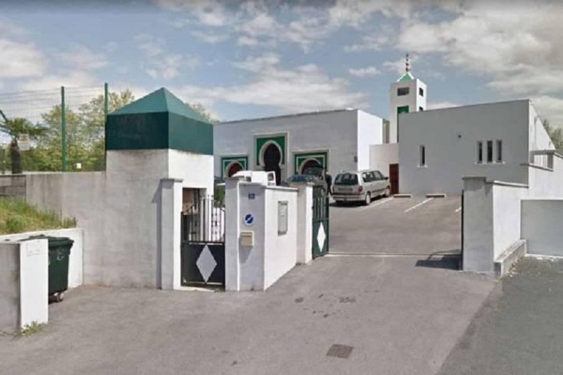Bayonne spari moschea feriti