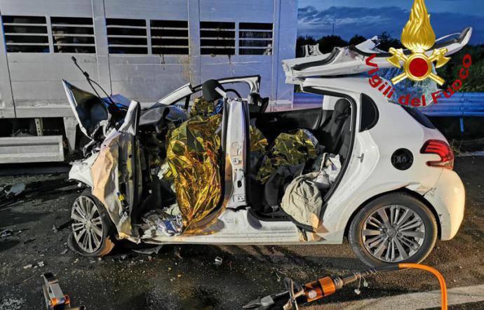 Tragico incidente Francofonte tre morti