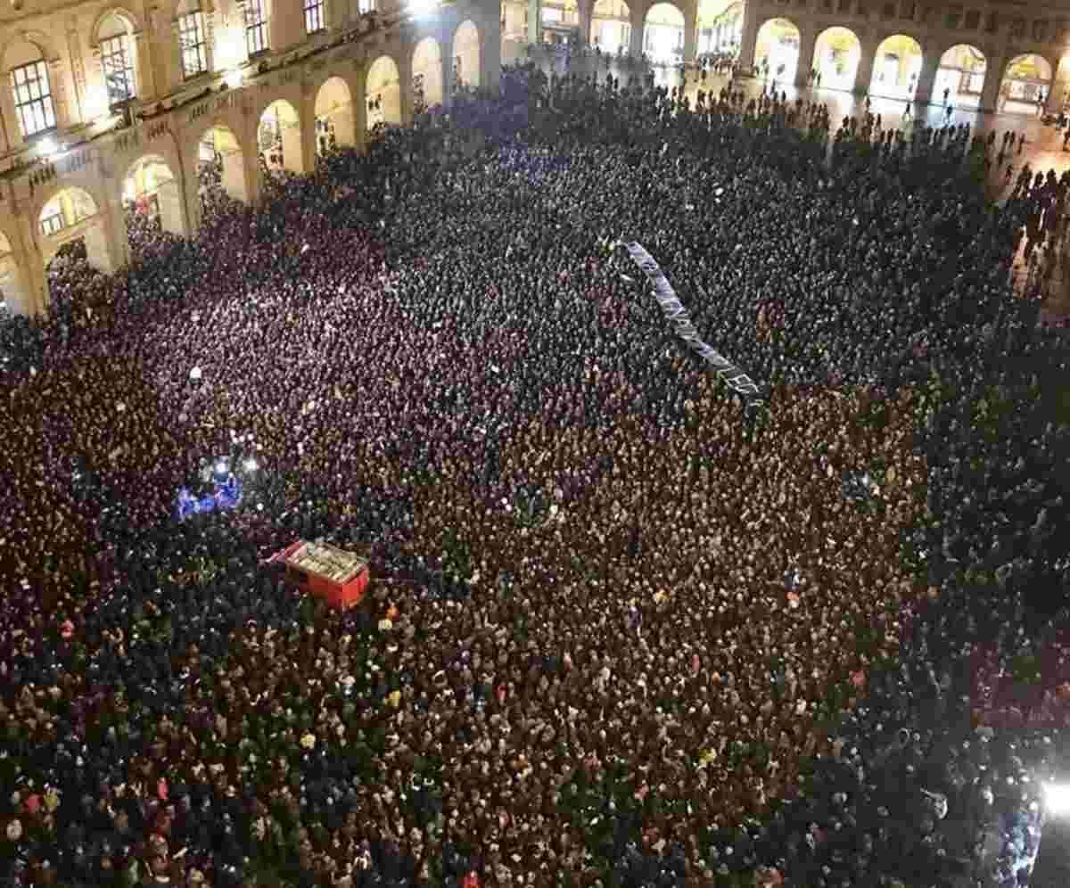 Movimento delle sardine Bologna Modena
