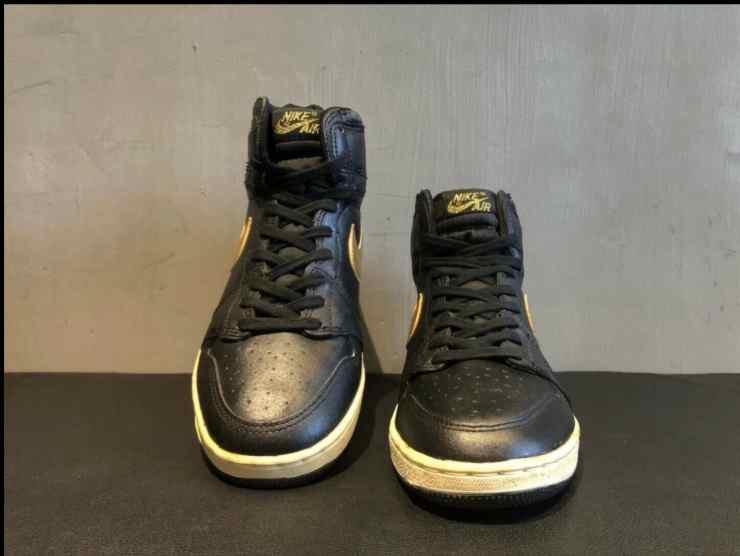 Air Jordan di fronte