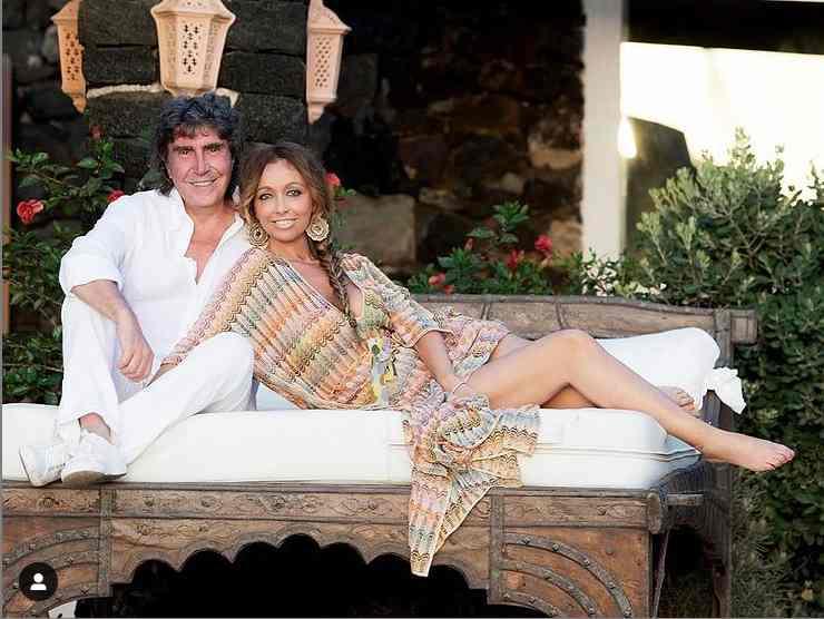 Stefano e Tiziana in un'immagine felice