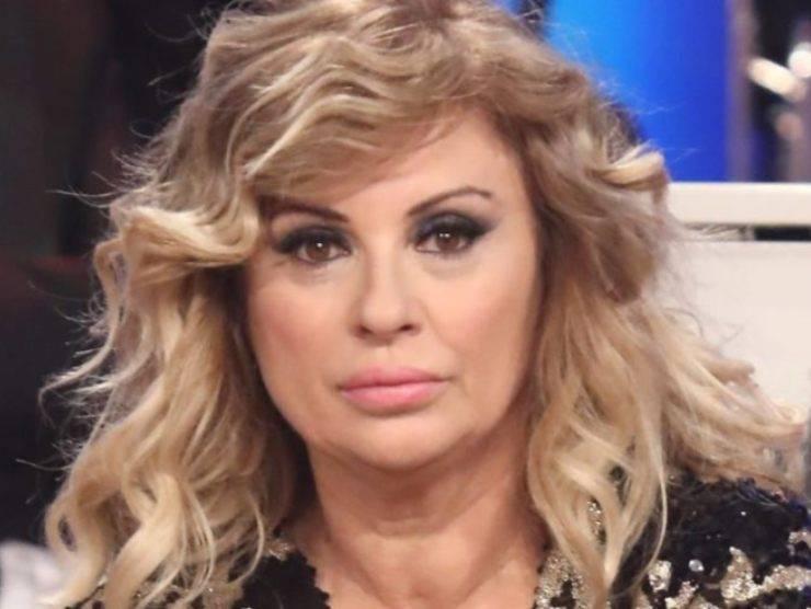 Tina Cipollari (www.ildemocratico.com)