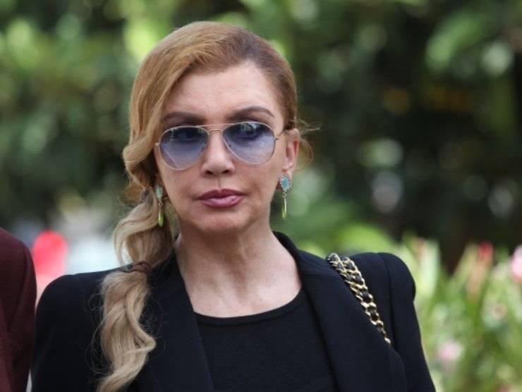 Milly Carlucci in lacrime per la morte della madre (blitzquotidiano.it)