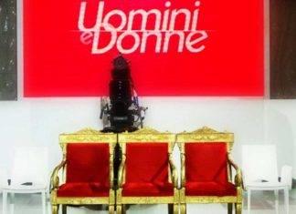Set di Uomini e Donne (mariadefilippi.mediaset.it)