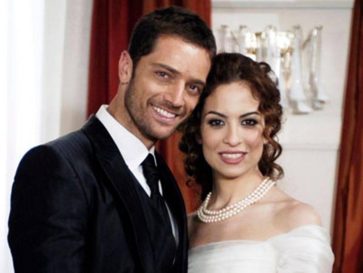 Adriano e Lavinia, due dei personaggi di Centovetrine (Mediaset)