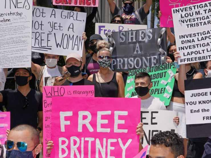 Manifestazione per Spears