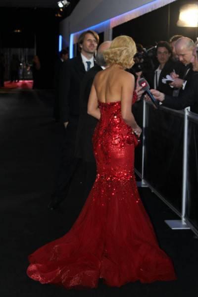 386469 10150578778099560 5027904559 8623864 577381449 n 400x600 Shakira: serata di gala a Zurigo per premiare i migliori giocatori del mondo (fotogallery)