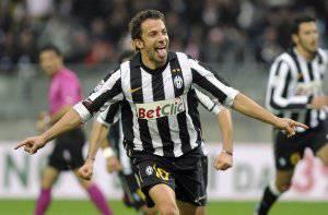 Rinnovo di Alessandro Del Piero: nelle prossime ore il capitano della Juventus prolungherà fino al 2012
