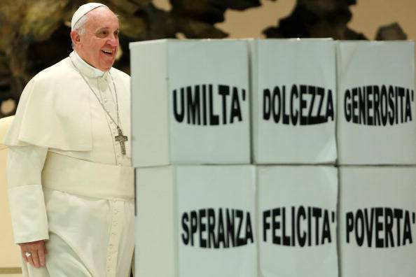 "Papa Francesco: ""Mi danno del Marxista? Io non mi offendo"""