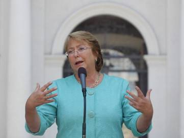 Michelle Bachelet ( Claudio Reyes/AFP/Getty Images)