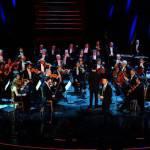 Sanremo: terza serata animata da Arbore, ma ascolti restano bassi