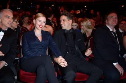 Scarlett Johansson e Romain Dauriac a Parigi, ai premi Cesar (Dominique Charriau/Getty Images)