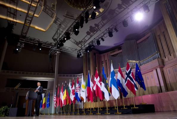 Bruxelles. Obama ricorda gli ideali democratici di USA e UE garantendo sostegno all'Ucraina