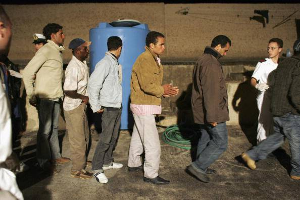 Bari. Il Centro di identificazione e di espulsione a rischio chiusura