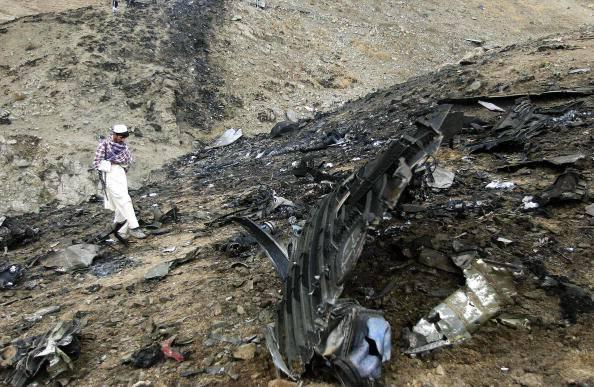 Afghanistan, Boeing 747 americano precipita a Kabul: 7 morti (VIDEO)