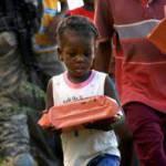 Haiti, dopo il terremoto 800mila bambini senza casa e in schiavitù