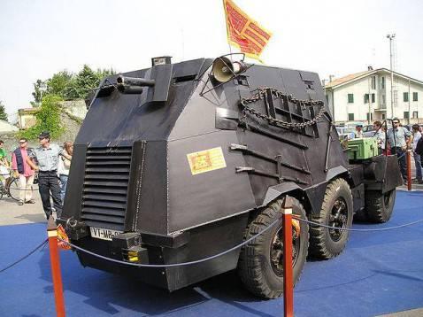 """Il """"Tanko"""" sequestrato dopo il blitz del 1997 (foto pubblico dominio)"""