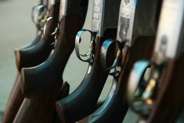 Biella: adolescente si suicida col fucile del padre