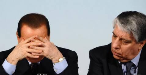 Carlo Giovanardi e Silvio Berlusconi (getty images)