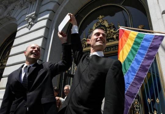 Francia: varata dal governo la legge sulle nozze gay