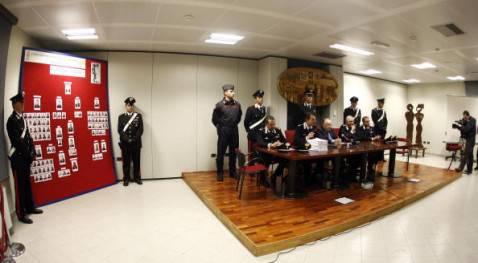 Una conferenza stampa del procuratore Francesco Messineo (MARCELLO PATERNOSTRO/AFP/Getty Images)