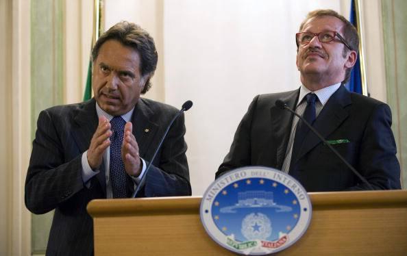 Roma: il capo della Polizia Manganelli ricoverato in terapia intensiva