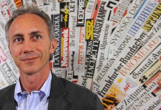 'Servizio Pubblico', 22 marzo 2012: Marco Travaglio su Tangentopoli passata e presente (video YouTube)