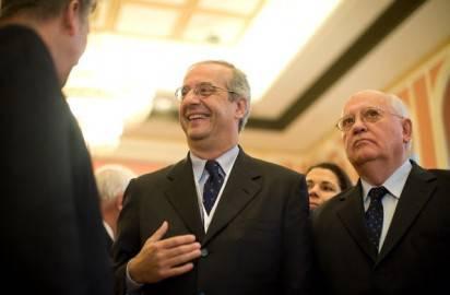 92949787 412x270 Processo Mills, Veltroni: Berlusconi rinunci a prescrizione
