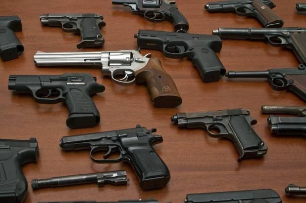 Armi leggere: nel mondo si spendono oltre 6 miliardi di dollari ogni