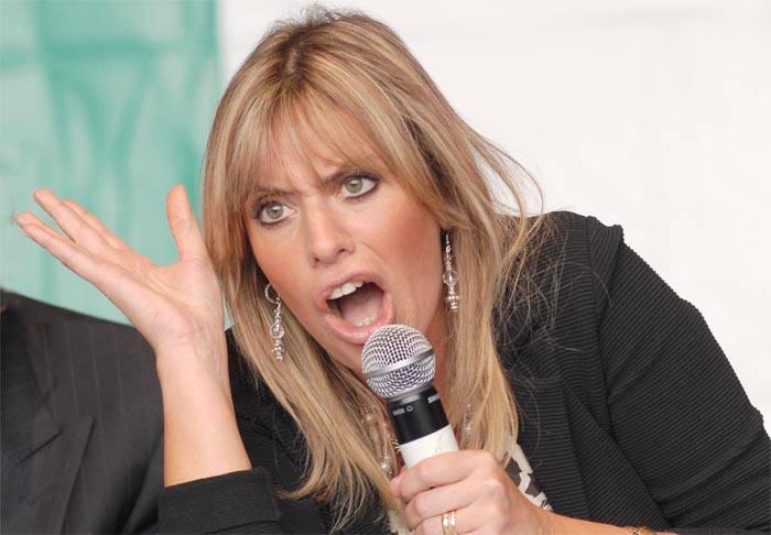 Alessandra Mussolini urla