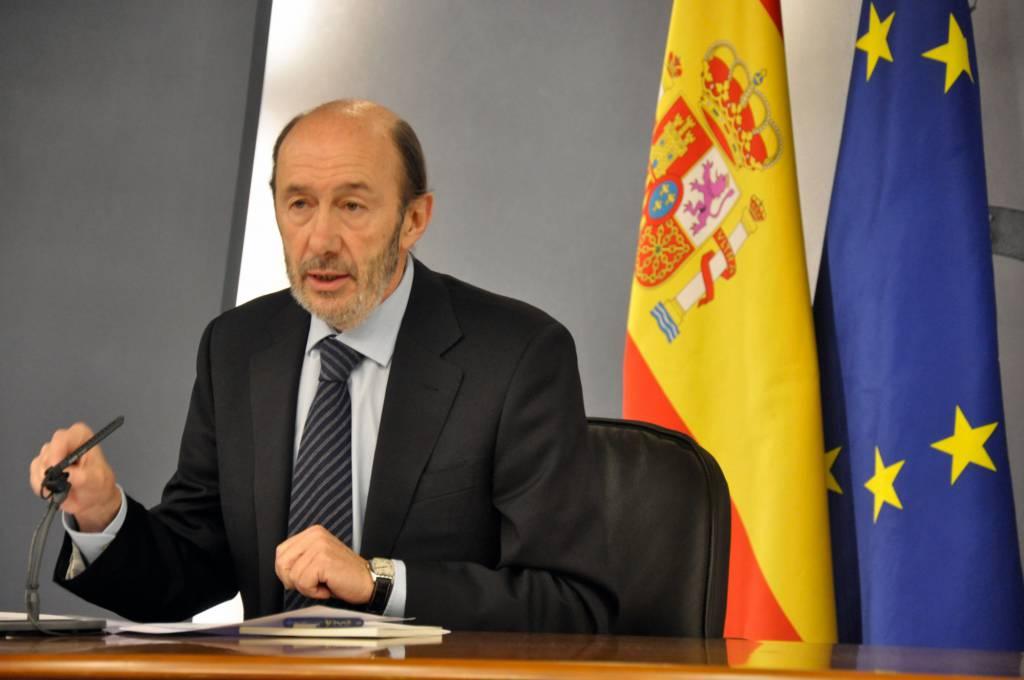 Spagna: il Ministro dell'Interno Rubalcaba si candida per i socialisti alle elezioni del 2012