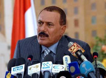 Yemen, in arrivo piano di transizione democratica condiviso da opposizione e il presidente Saleh