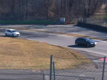 AmkY254CAAAs2Cb 361x270 Fiat Punto e Fiat Bravo si sfidano a Monza: a tutto gas per lo speed day (fotogallery)