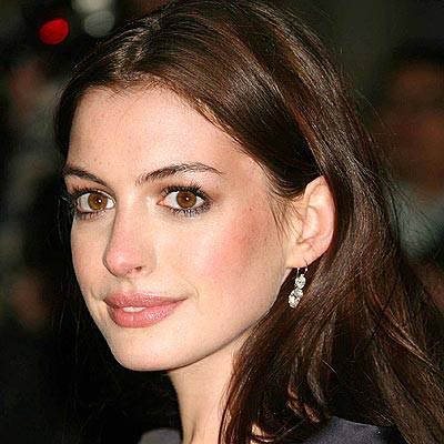 Anne Hathaway contro l'eccessiva magrezza