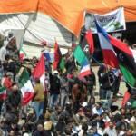 Guerra libica: Misurata sotto l'assedio di Gheddafi, regime mette in scena falsi funerali