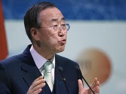 ONU / Giornata umanitaria, Ban Ki-Moon elogia i volontari e ricorda di non dimenticare le persone che hanno vissuto eventi terribili