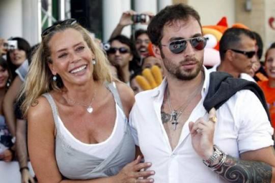 """Anthony Manfredonia dimentica Barbara De Rossi: """"Adesso frequento Sylvie Lubamba"""""""
