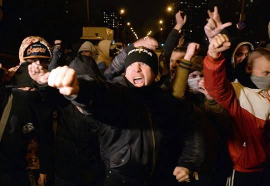 Mosca, proteste contro gli immigrati: 1200 persone arrestate
