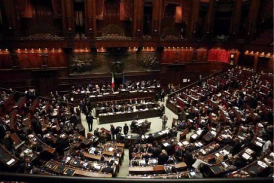 Camera: le nomine per Agcom e Privacy. Proteste di Idv e Radicali