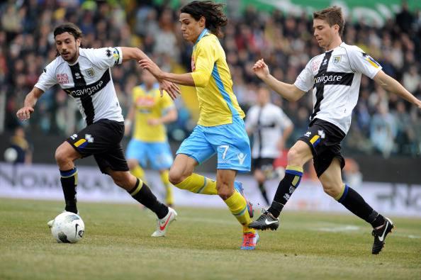 Calciomercato Napoli, anche il Real Madrid su Cavani