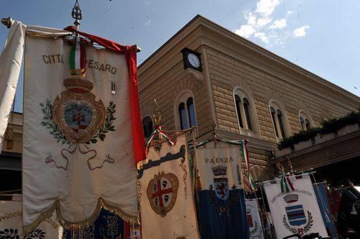 Strage Bologna: è iniziata la cerimonia di commemorazione, polemiche per l'assenza di rappresentanti del governo