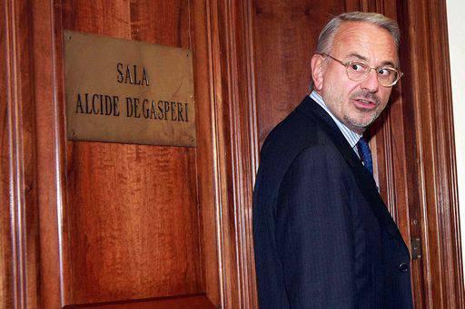 Csm: Michele Vietti (Udc) eletto alla vicepresidenza del Consiglio Superiore della Magistratura. L'Idv critica sulla nomina