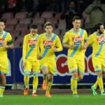Napoli – Roma 3-0: Benitez demolisce Garcia e Maradona esulta