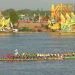Strage in Cambogia: calca durante la Festa dell'Acqua, almeno 339 i morti